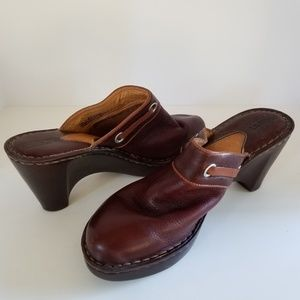 BORN Brown Leather Mules with Decorative Buckle